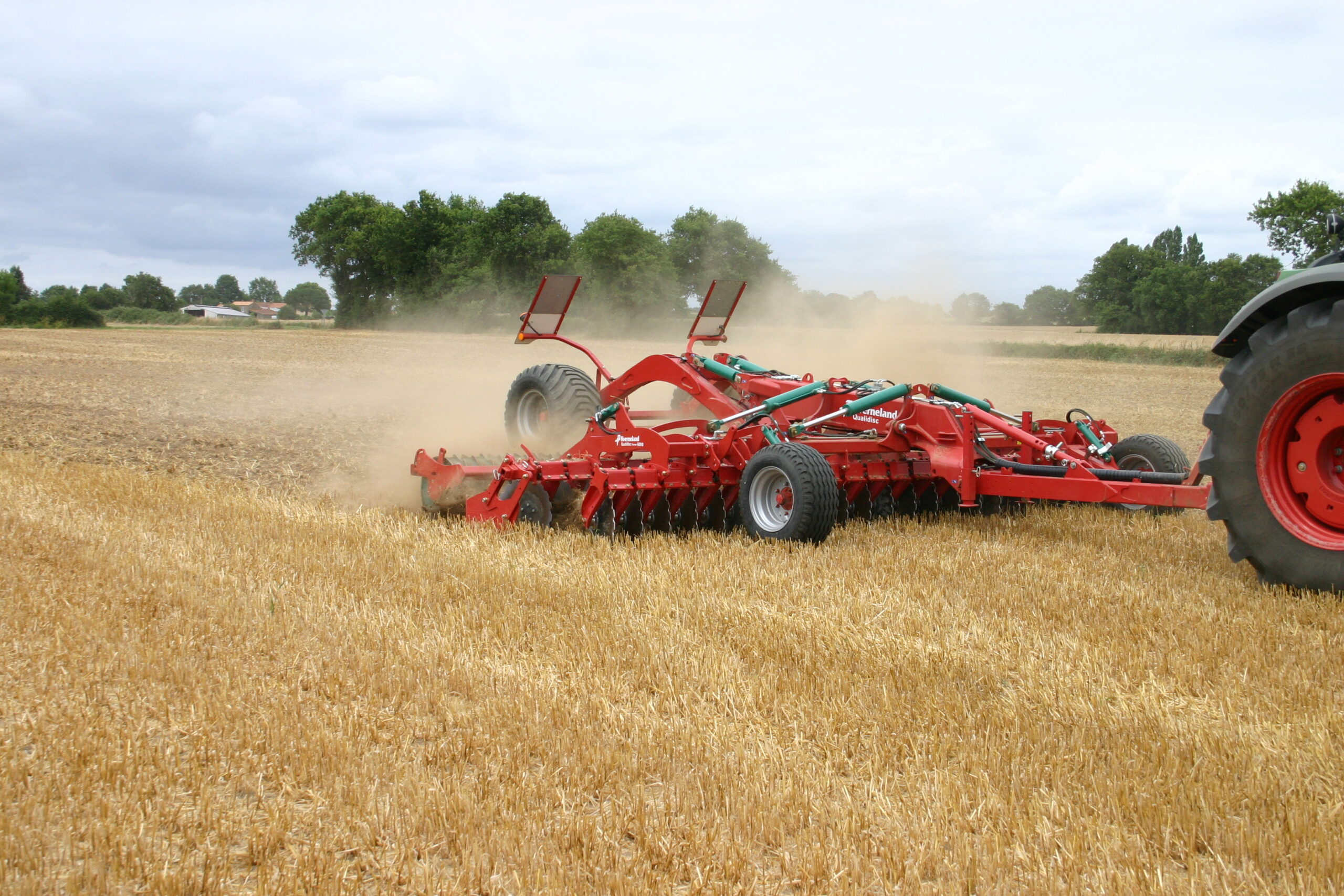 Ristone Holdings инвестирует в почвообрабатывающую технику 800 тыс. $