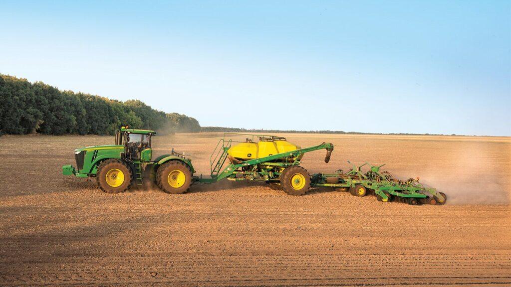 У Ristone Holdings придбали нові широкозахватні посівні комплекси